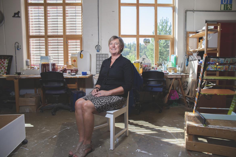 Anita Jansdatter Lien jobber som veileder på Jobbhuset Hurum. Hun hjalp Hege å finne veien tilbake til arbeidslivet etter bilulykka.